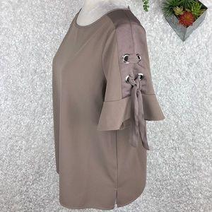 Worthington Flounce Sleeve Blouse | M